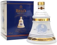 Bell's Christmas 2001 / 8 Year Old Blended Sc...