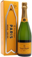 Veuve Clicquot Yellow Label Champagne / Magnet Gift Box
